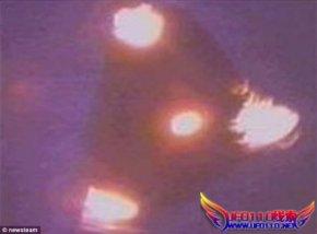 外星人的轰炸机?