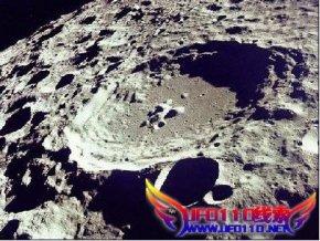 月球背面发现飞碟基地和城市?
