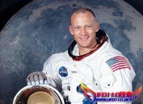 讲叙:阿波罗11号的不明飞行物相遇