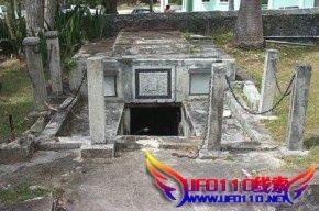 神秘的墓穴,棺材自己会动
