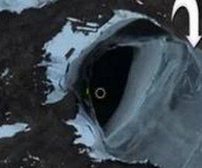 北极巨大洞穴