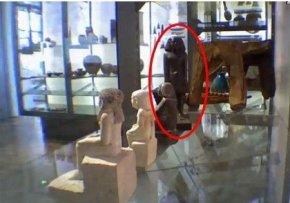 英国博物馆古埃及雕像灵异自转木乃伊亡灵显灵?