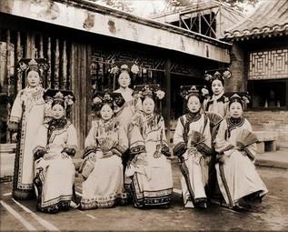 1992拍到北京故宫宫女照片