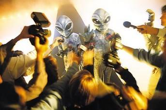 外星人为人类治疗疾病
