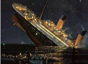 泰坦尼克号遭遇了UFO与USO(不明潜水物)?