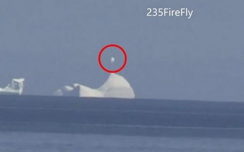 加拿大目击ufo在冰山盘旋