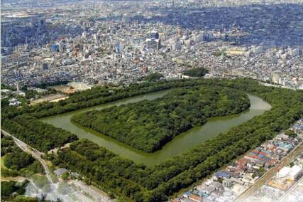 金字塔墓地排列平面图