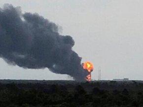 美国火箭爆炸,惊现ufo飞过
