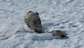 墨西哥雪山发现干尸几具疑似外星人尸体