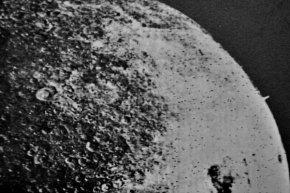 苏联在月球背面发现的神秘塔状物是外星人基地吗?
