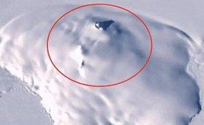 俄罗斯UFO猎人称卫星图片显示一外星飞船坠毁降落在南极洲