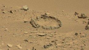 火星上惊现疑似人工石环阵