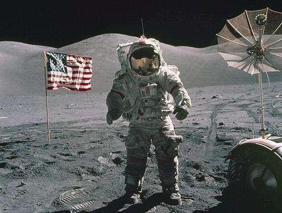 美宇航员重返月球