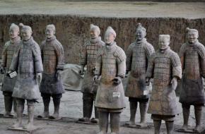 秦始皇兵马俑是活人俑烧纸而成_活人俑是真是假