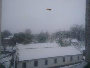 高中教师雪中遇见UFO(请作者详细说明)